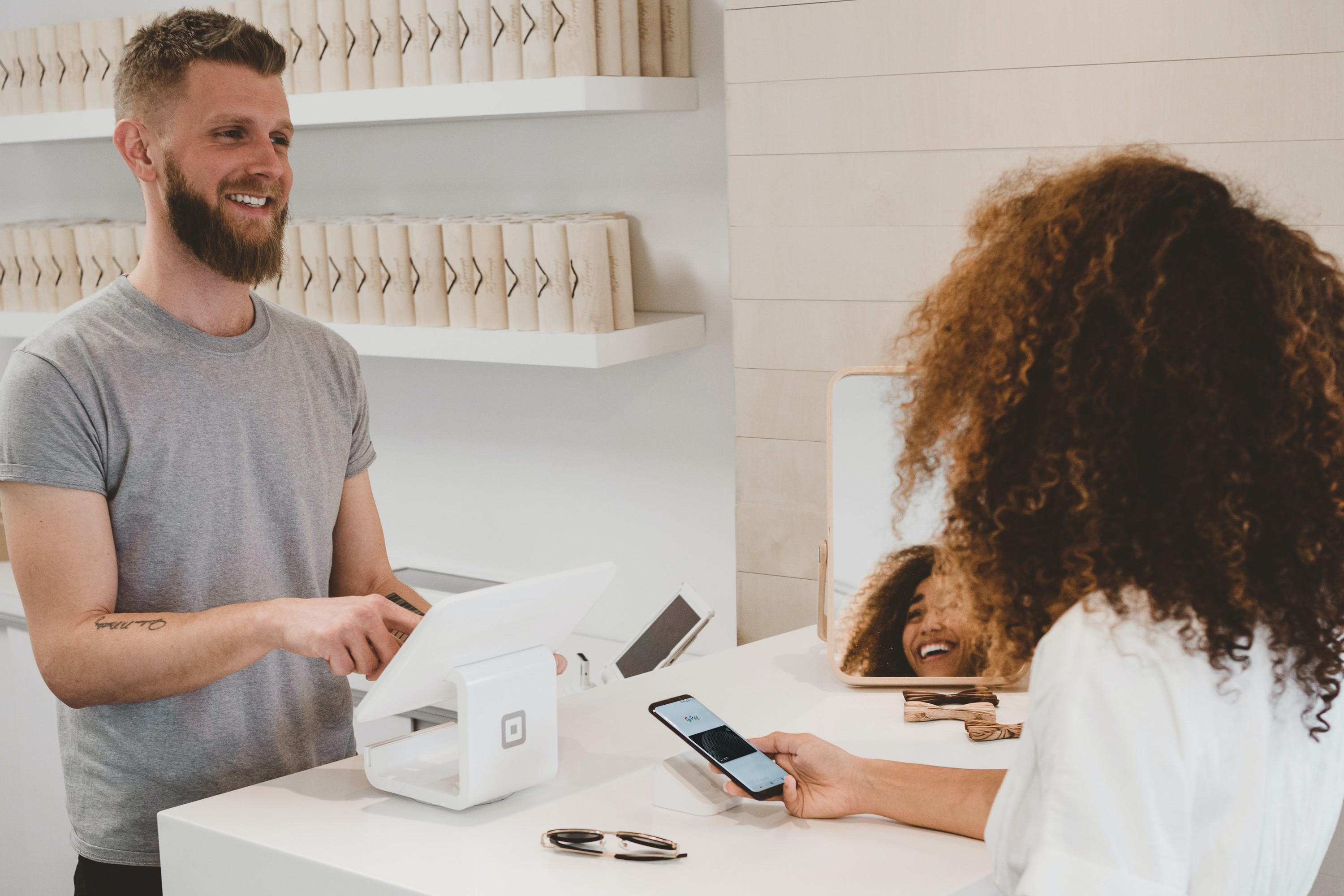 How to give good customer service: 7 tips that'll